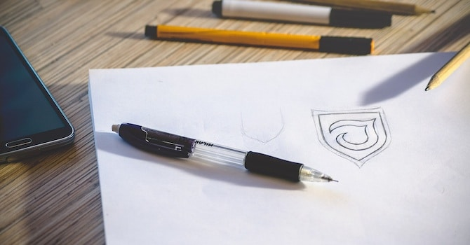 Logo Design / Sketch